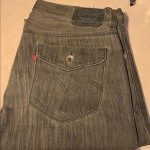 Men Levis jean size 34x32 style 514